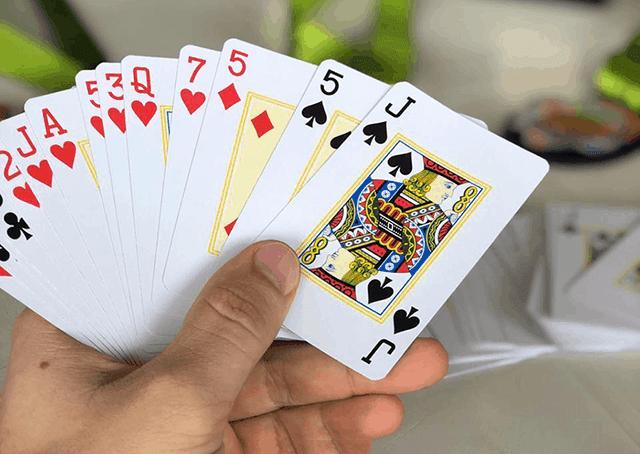 Phương pháp chơi Sâm lốc giúp bạn thắng tiền mỗi ngày